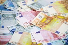 Bulgaristan 3 yıl içinde Euro'ya geçebilir