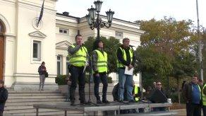 bulgaristan-da-polislerin-protestosu-7856821_x_300