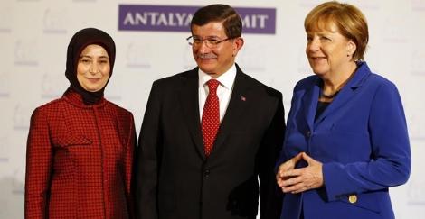 cumhurbaskani-erdogan-in-kabulleri-cameron-fabius-7879478_87_m