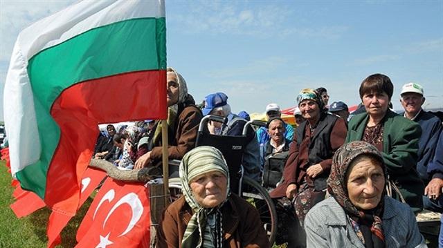 Türklere azınlık statüsü verilsin