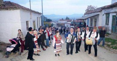 Komşu iki ülke Edirne'deki festivalde buluştu