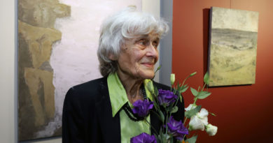 Elza Goeva 90 yaşında da aktif resim çiziyor