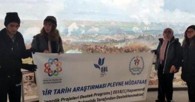 İzmirli lise öğrencileri, Bulgaristan'da 'Plevne Müdafaası' belgeselini çekiyor