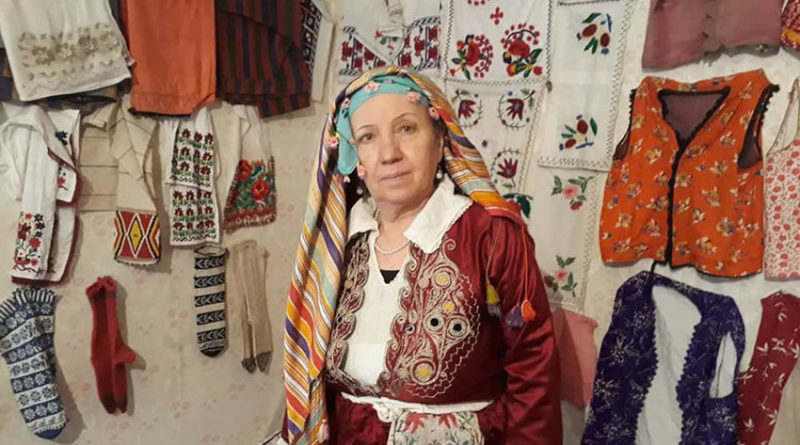 Evinde kurduğu müzede Deliorman geleneklerini koruyor