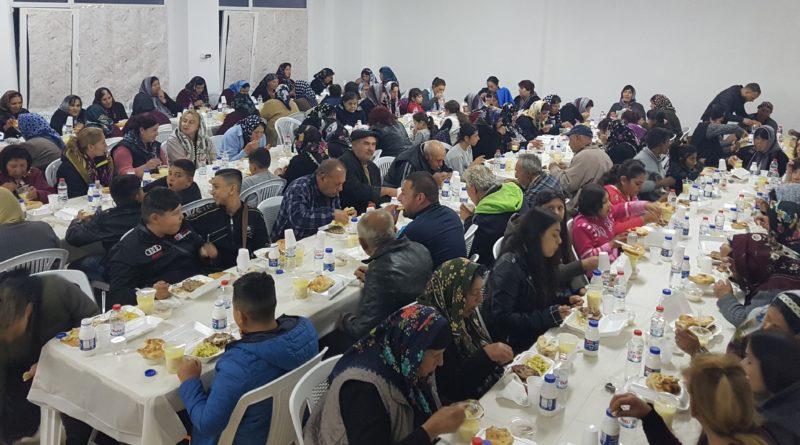 Burgaz'daki Türk Konsolosluğu Dolni Çiflik şehrinde iftar düzenledi