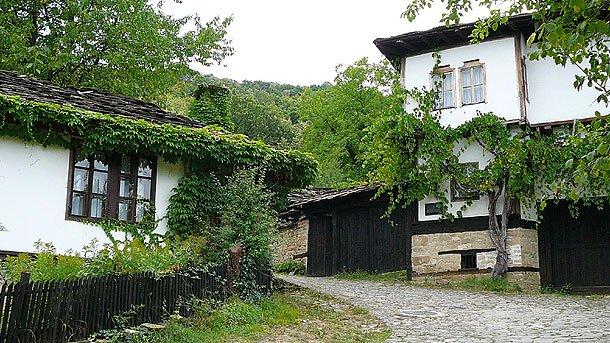 Tarihi ve mimari anıt köy-Bojentsi'nin cazibesi